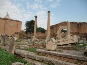 ローマ遺跡
