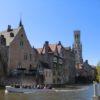 水の都ブルージュ歴史地区はほろ酔い気分で運河クルーズ