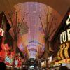 ラスベガスのダウンタウンは刺激的で光と音の古き良き街